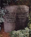 Надгробный камень на могиле Вальтера Блуме (могила до наших дней не сохранилась)